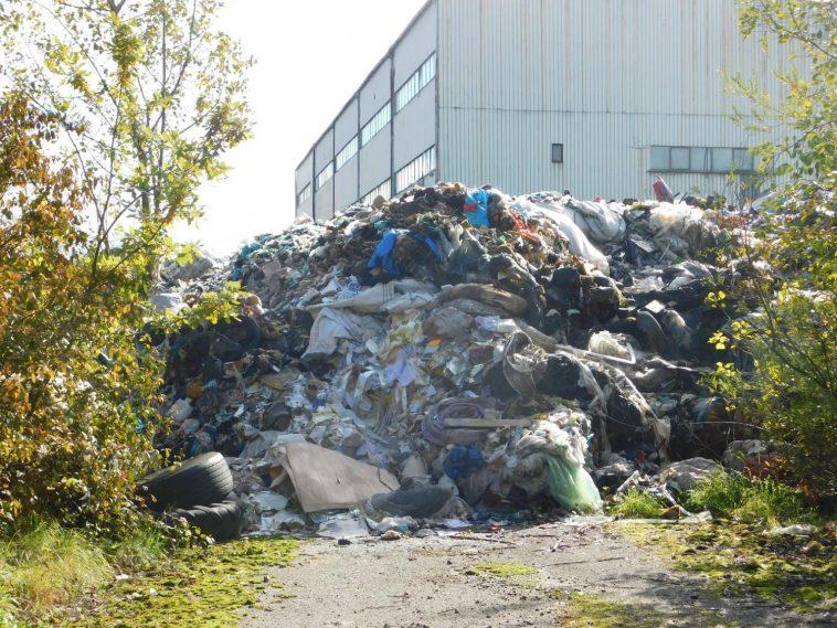 Kaczyce śmieci